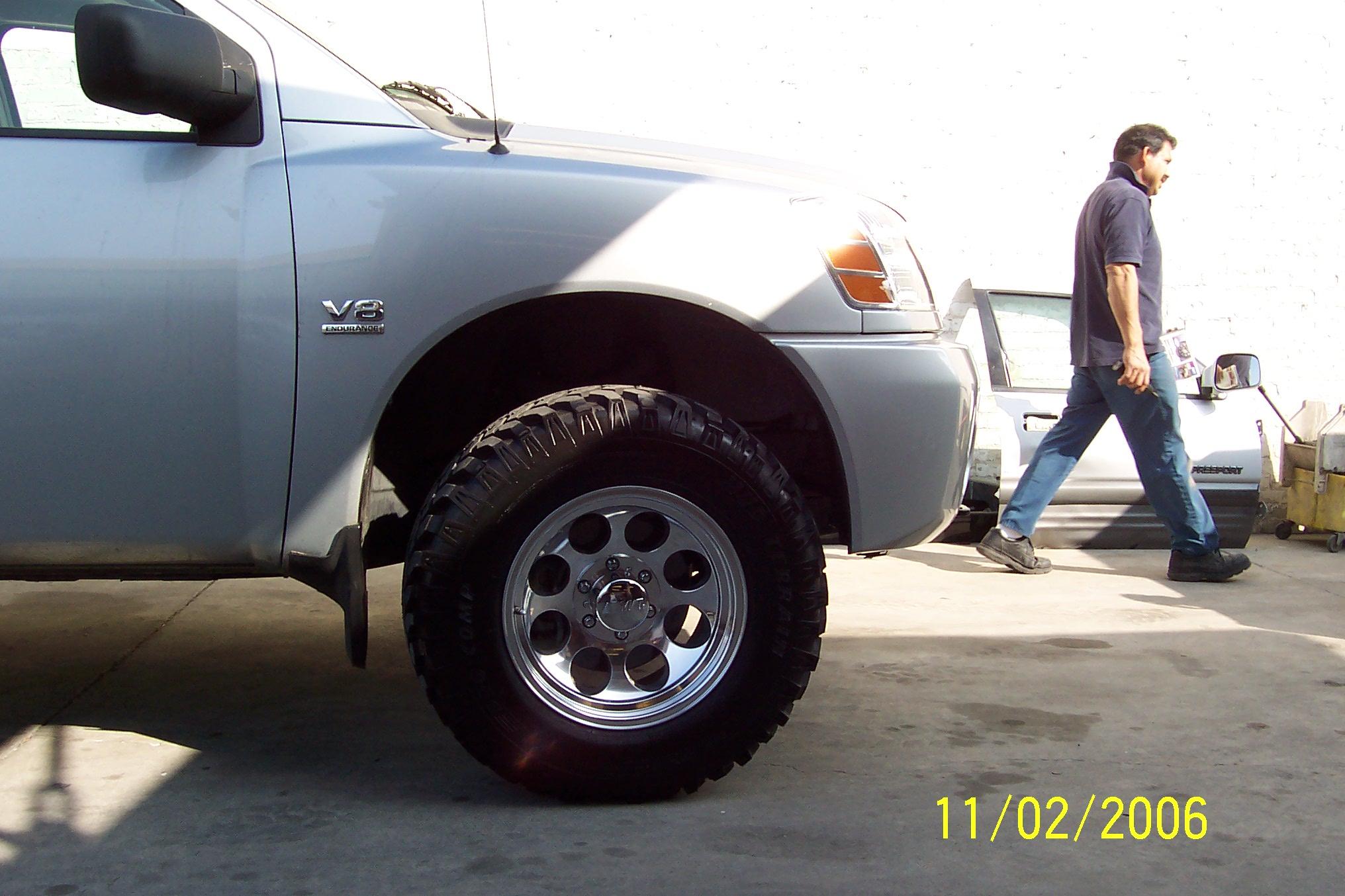Mickey tompson rims on procomp mud tires 100_0889 jpg