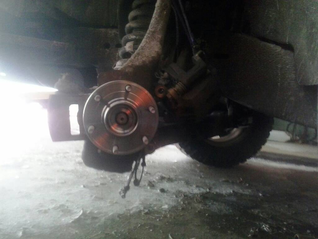 Front wheel hub bearing replacement procedure-1393718566480.jpg
