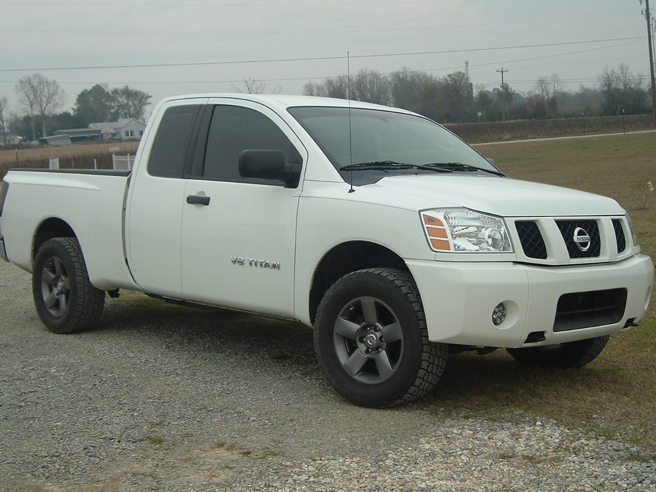 King cab 2wd with a leveling kit nissan titan forum king cab 2wd with a leveling kit 20030328image0027g vanachro Images