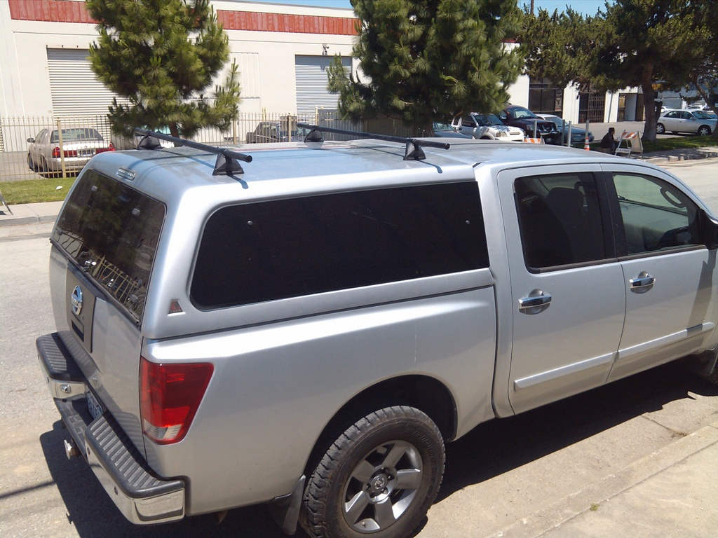 ... Leer 100xq Camper Shell W/ Newly Installed Yakima Rack 2013 06 07_12 ...