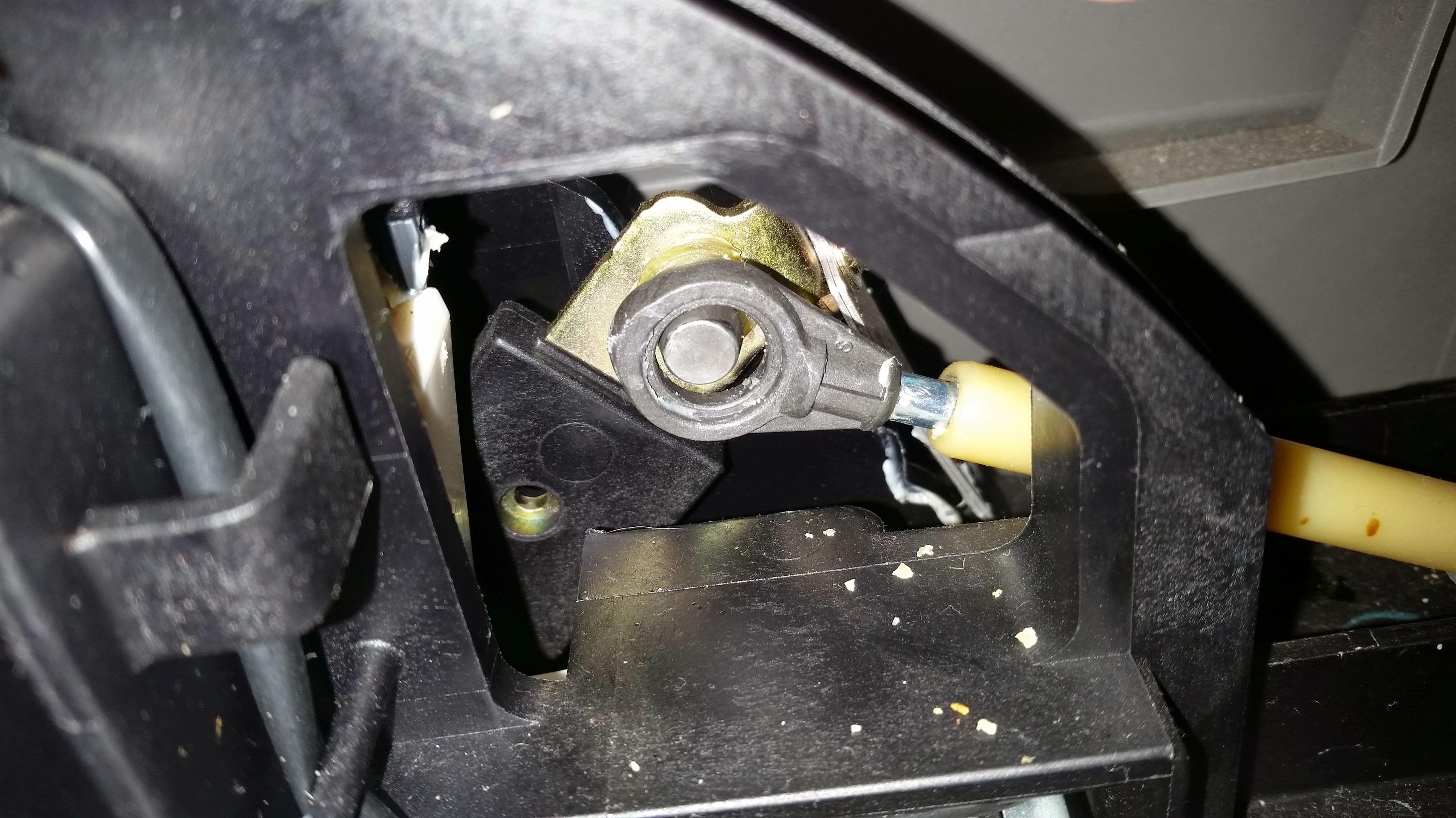 2015 Gmc Yukon Tail Light Removal