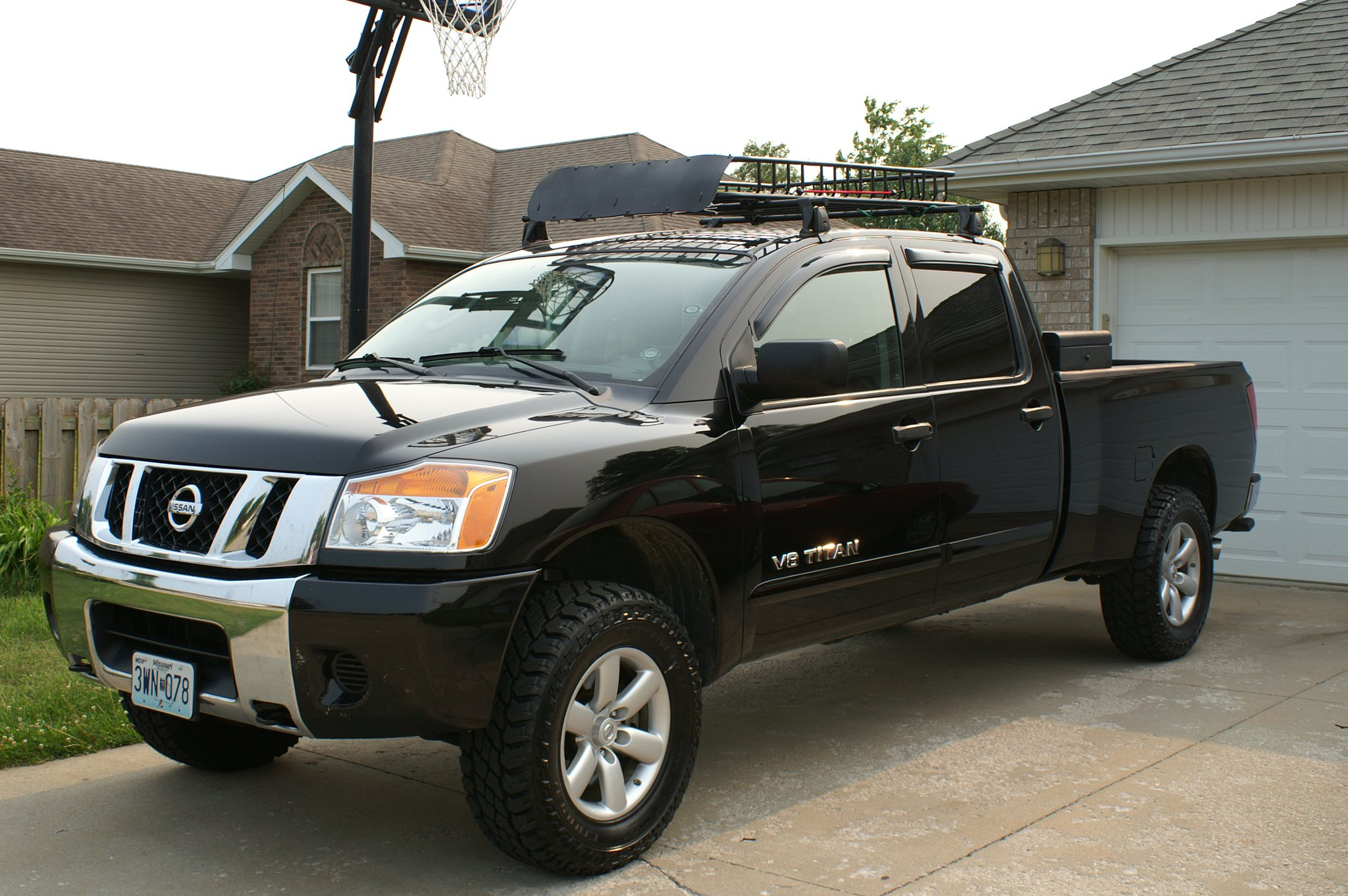 ... Roof Rack For  Titan 244154_2104763420970_1302030019_32581077_6953340_o