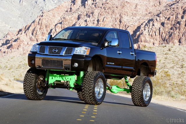Lifted Nissan Titan 4X4 For Sale pictures