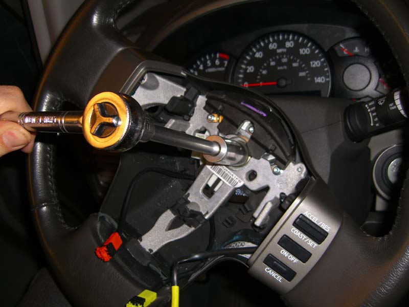 Adding Steering Wheel Audio Controls-8-remove-center-bolt.jpg