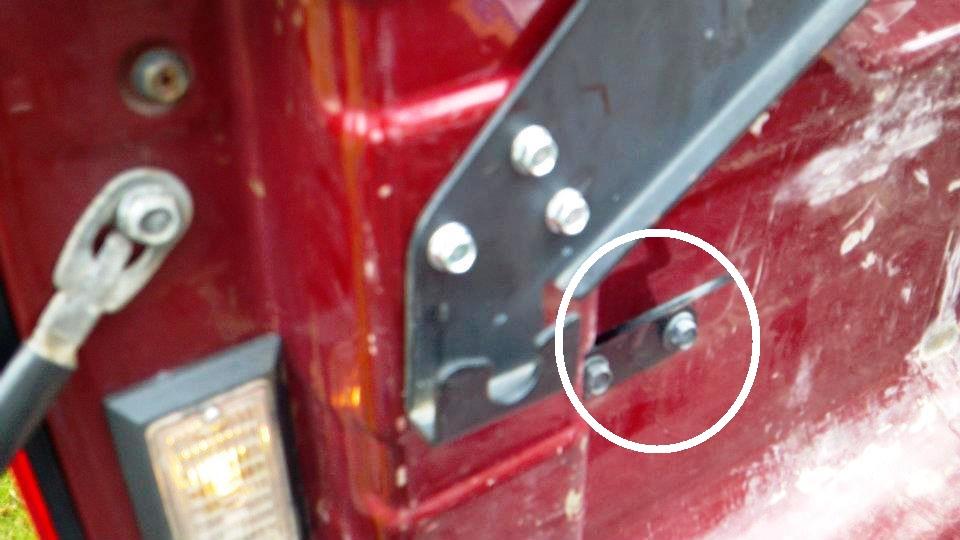 Nissan Frontier Pro 4X >> Bed Extender Fixed Bracket installation - Nissan Titan Forum