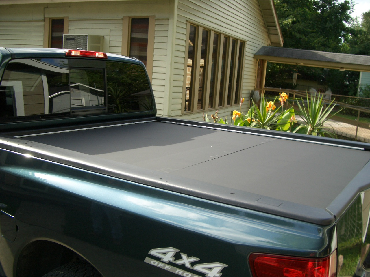 Pictures of $90 Plywood Tonneau Cover - Nissan Titan Forum