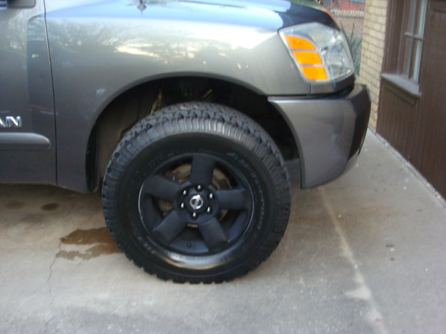re biggest tire on stock 18 quot rims w leveling kit pictures to pin