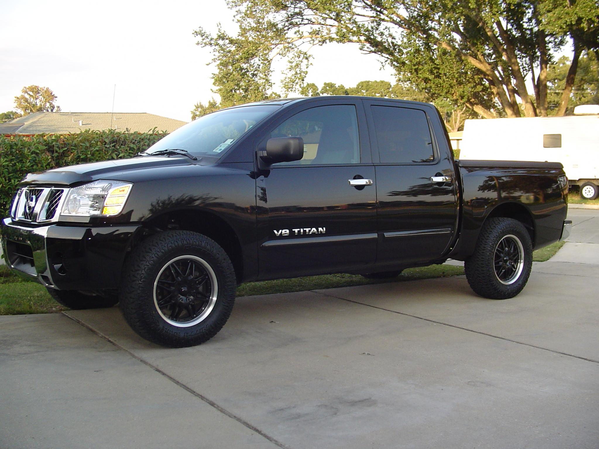 Post pictures of your 2wd titan here even stock trucks dsc02982