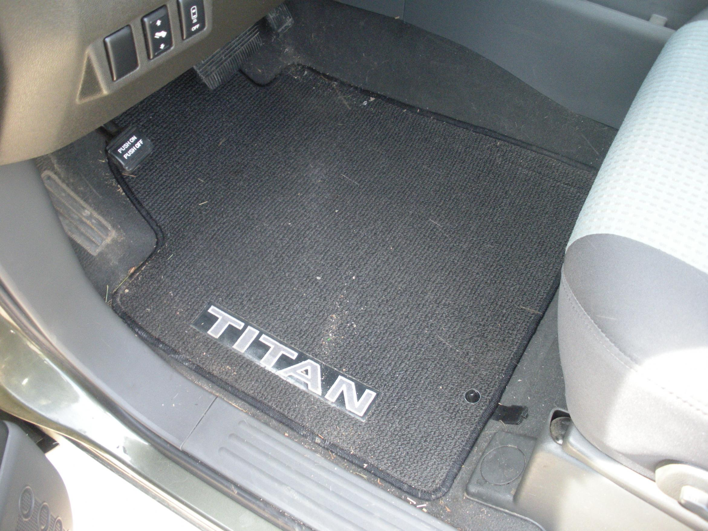 dodge car heavy floor dakota dp chicago nfl duty mats fanmats com vinyl floors bears automotive mat amazon