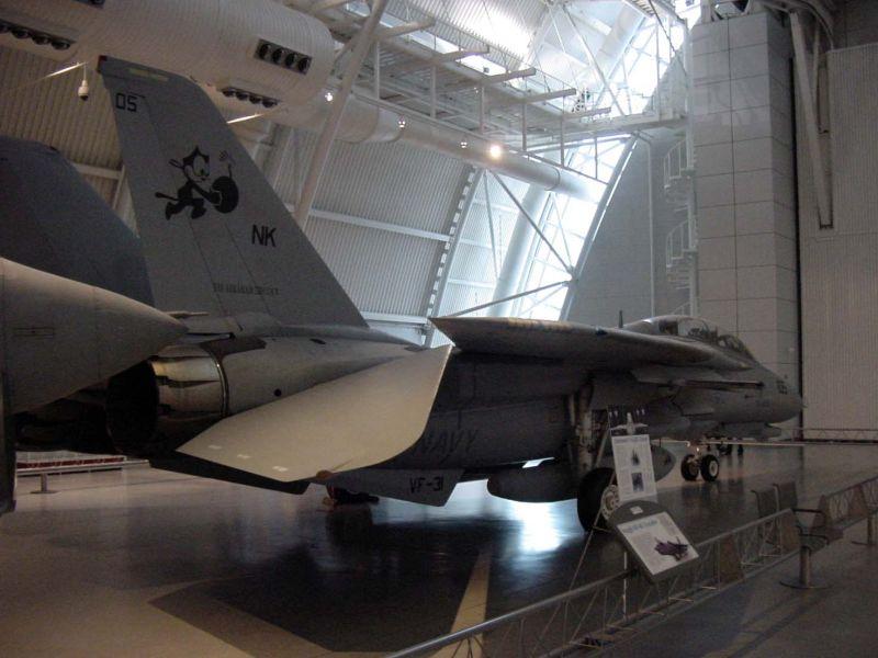 Titans at VA National Air & Space Museum meet!!!!-f14-rear-side.jpg