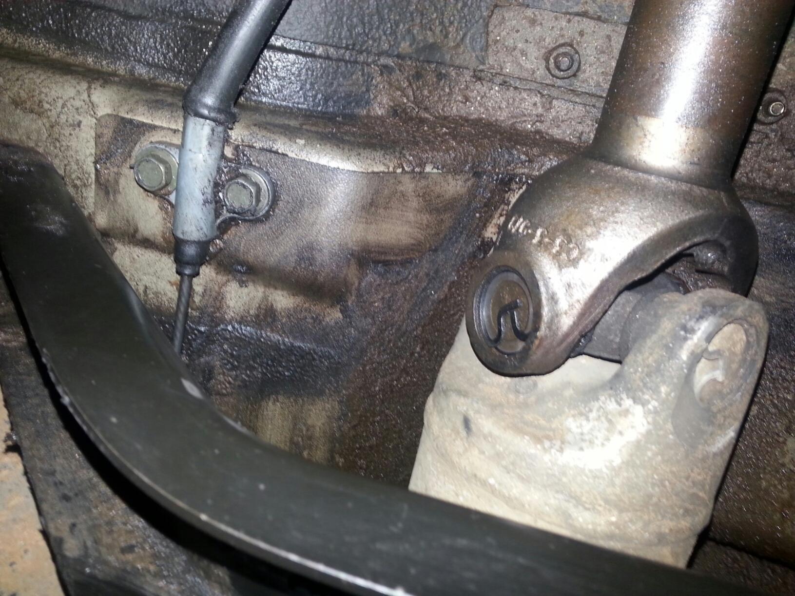 Fluid leak-fluid-leak-1.jpg