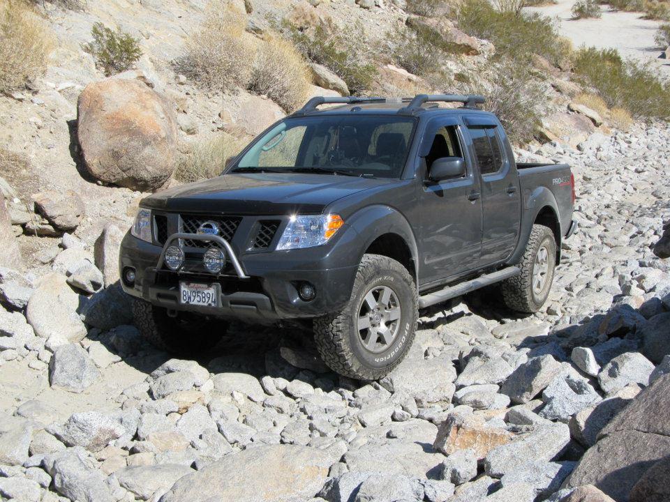 Nissan Test truck?-frnty4.jpg