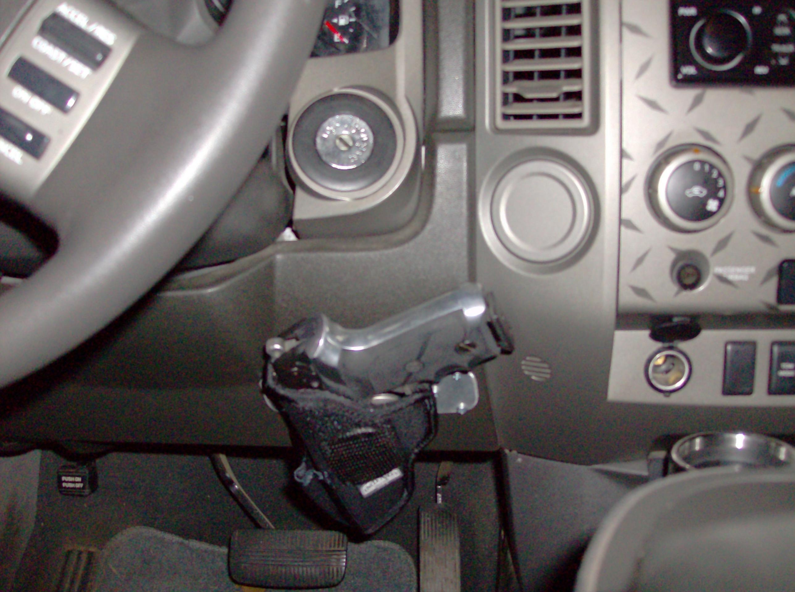 Concealed pistol mount(PICS)-hpim0946.jpg