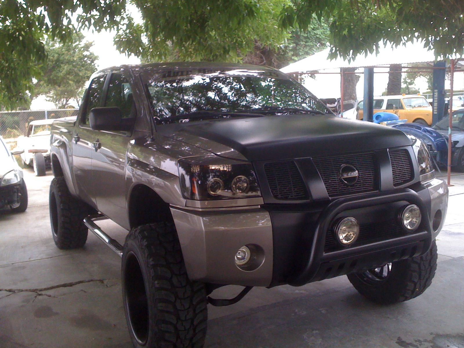 """Nissan Titan Lifted >> 0mm or -12mm Offset with New Set of Wheels 35"""" Tires and 6"""" Lift... - Nissan Titan Forum"""