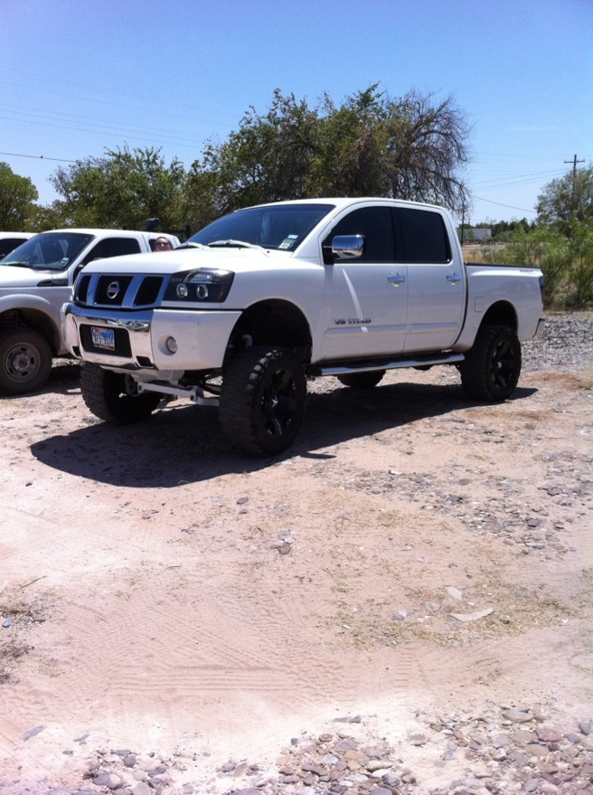 2010 pro 4 x with PRG 6 inch lift - Nissan an Forum
