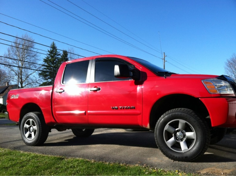 Rough Country 3 Leveling Kit Installed 05 Cc 4x4 Nissan Titan Forum
