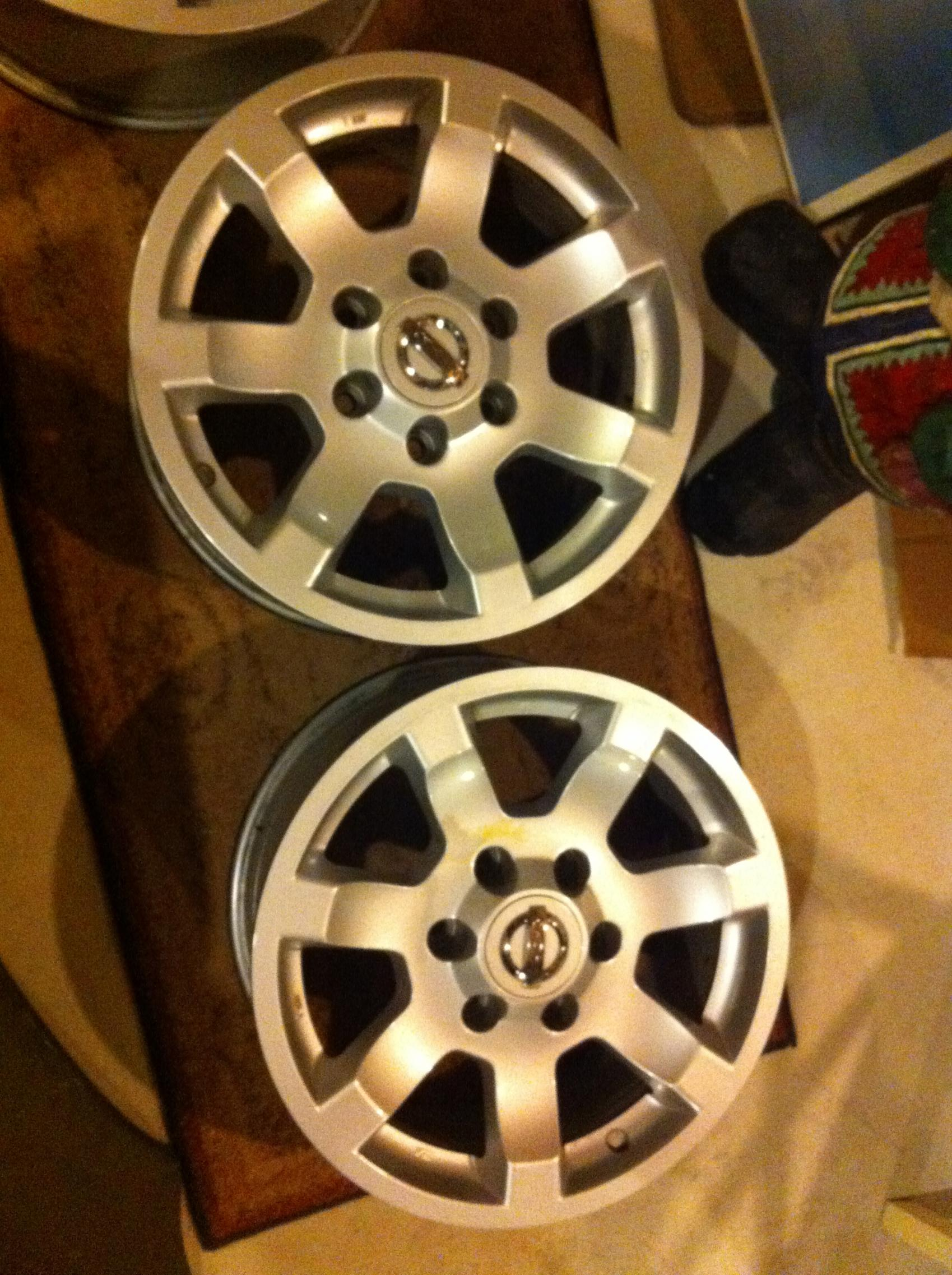 "17"" alloy OE wheels with center caps-img_0118.jpg"