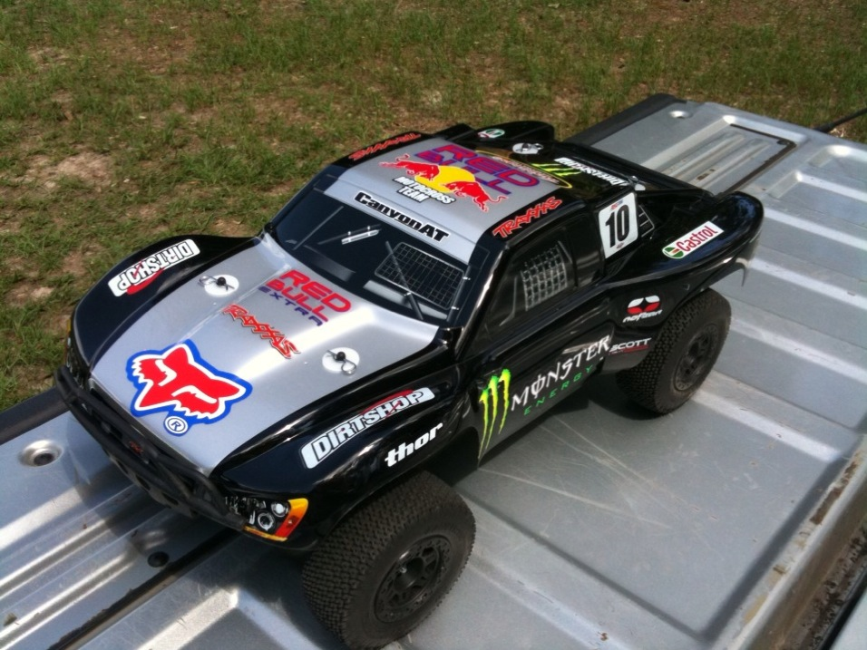 Anybody on here run/race RC cars/trucks?-img_1000000073.jpg