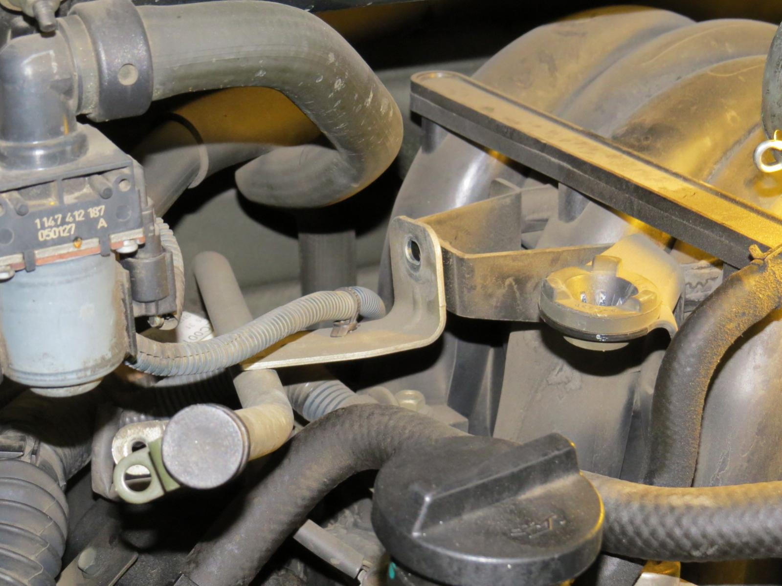 How to replace the starter Nissan Titan-img_1004.jpg