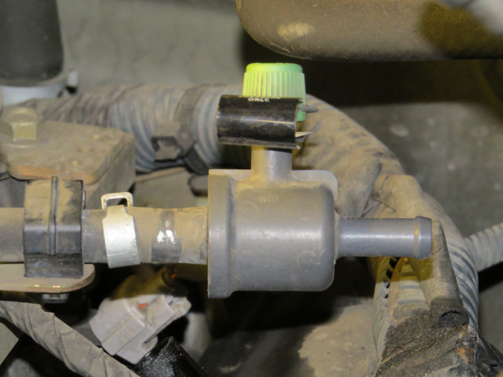 How to replace the starter Nissan Titan-img_1007.jpg