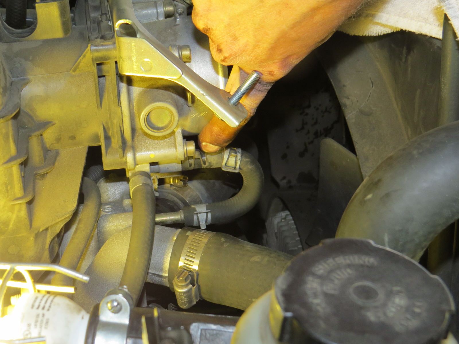 How to replace the starter Nissan Titan-img_1015.jpg
