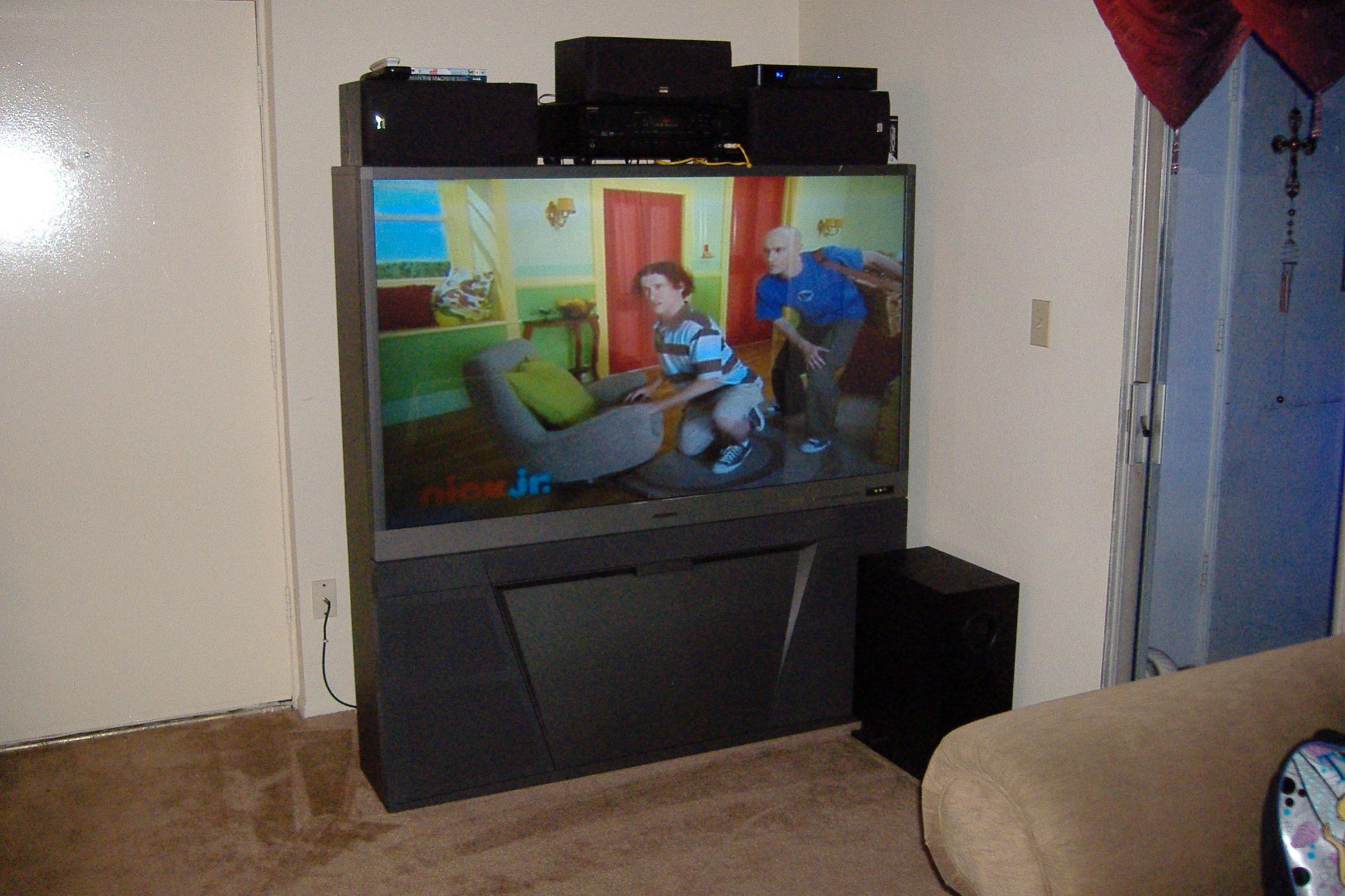 Marvelous FS: Mitsubishi 65 Inch TV My Tv