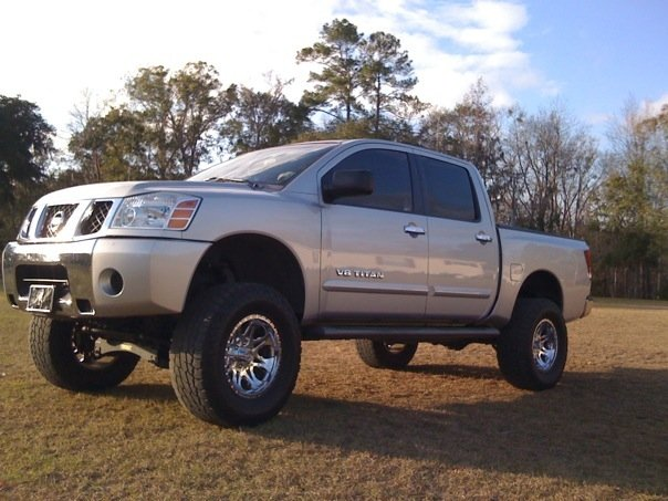 Lifted Nissan Titan 4X4 For Sale gallery