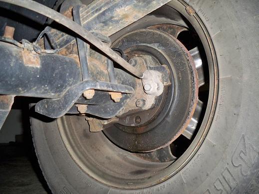 Rear Passenger Axle Seal Leak Broken Abs Sensor Nissan