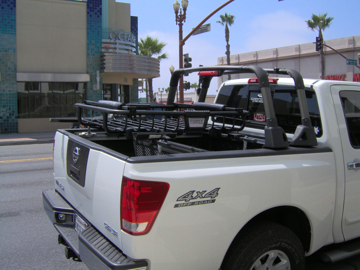 Pic of my Thule MOAB Cargo Basket... - Nissan Titan Forum