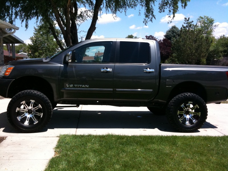 New lift, rims, tires.. Likey?? - Nissan Titan Forum