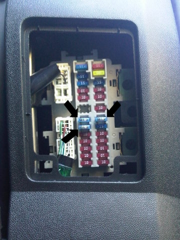 D F furthermore D Turn Signals Wont Work Hazards Do Imag in addition External Relay A in addition Dodgechargerfuseboxdiagram S Ee B as well lifier. on dodge durango fuse box diagram