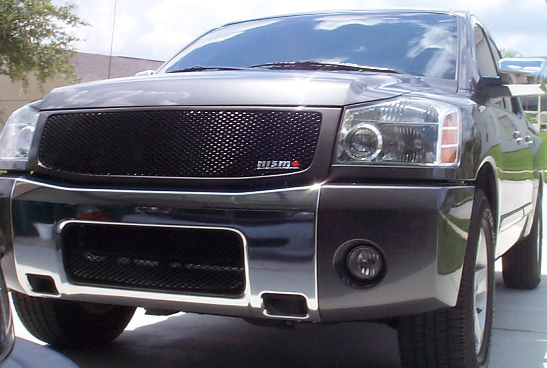 D One Piece Mesh Grill Titan Grill on Nissan Armada Accessories