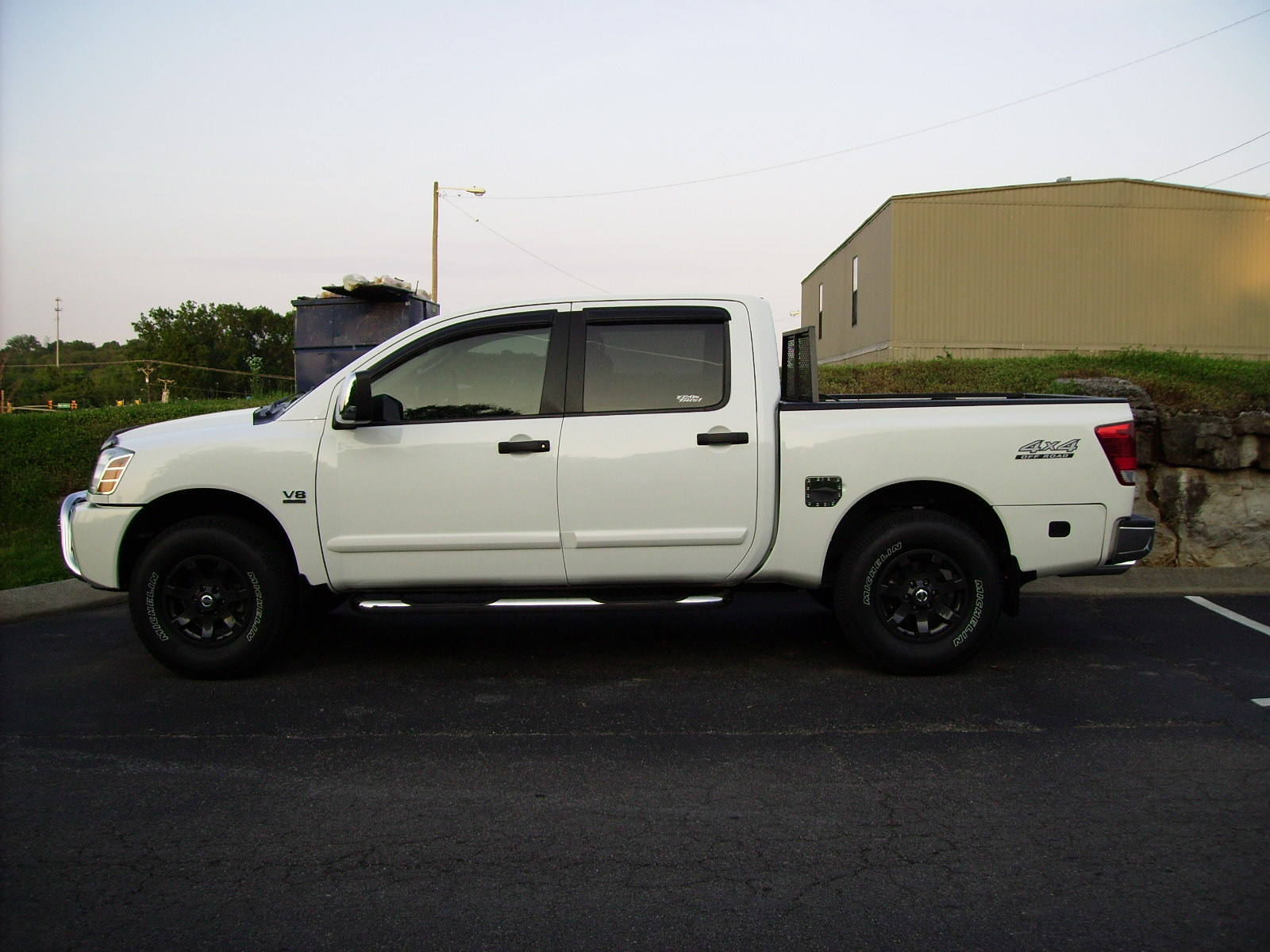 Truck before and after shocks, door handles and detail-truck-leveled-detailed-003.jpg