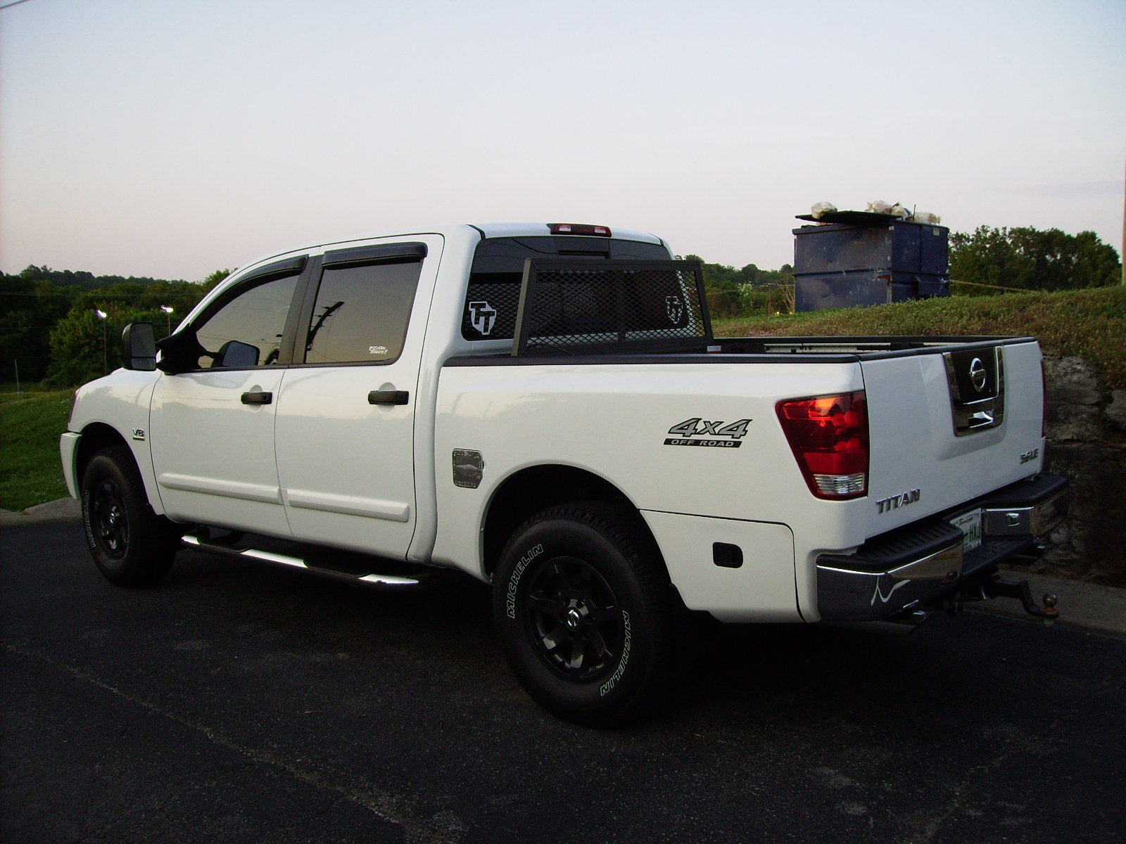 Truck before and after shocks, door handles and detail-truck-leveled-detailed-007.jpg