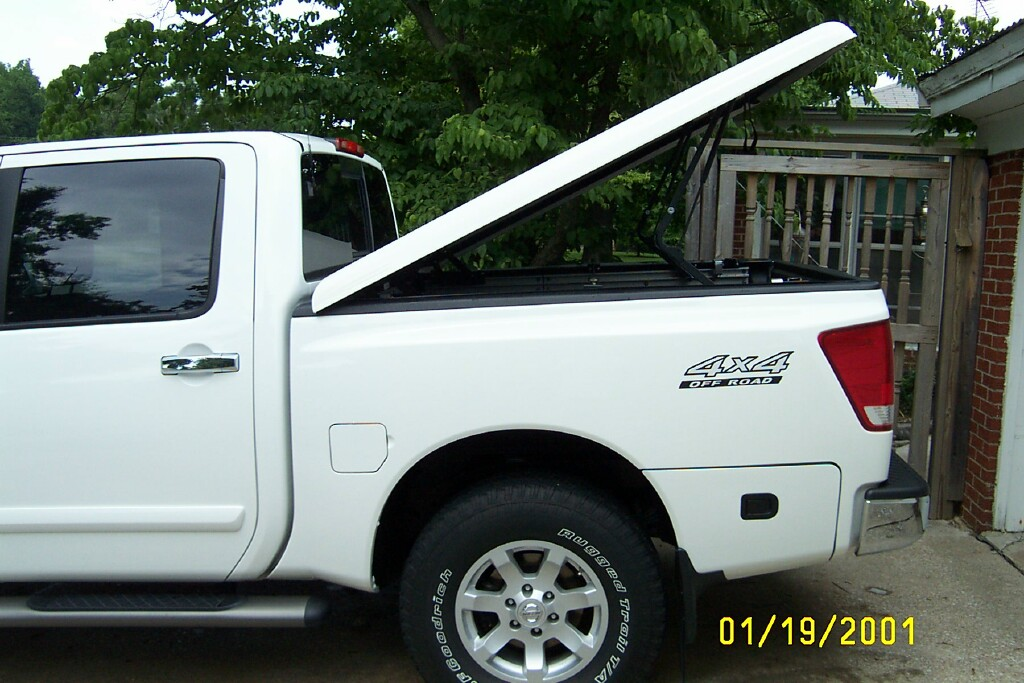 A.R.E. Tonneau lid color match-tt8.jpg