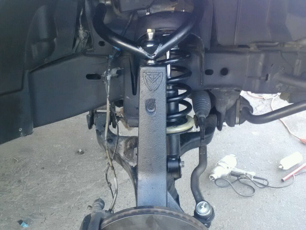 Maxtrac 4 inch lift installed! | Nissan Titan Forum